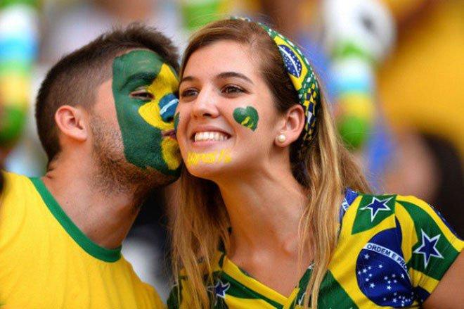 Khoa học vào cuộc: xem bóng đá có gì hay mà nhiều người lại cuồng say đến thế?