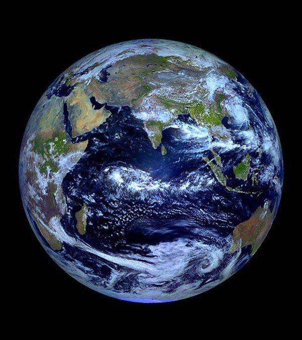 Không thể tin nổi 13 sự thật lạ kỳ về Trái đất