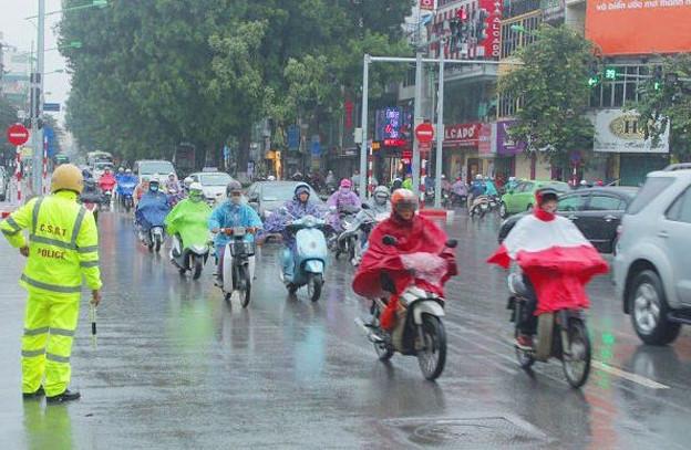 Khu vực phía Bắc mưa bất chợt trong ngày, nhiệt độ không quá 28 độ C