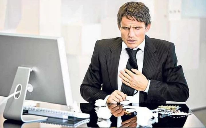 Làm việc quá 55 tiếng một tuần sẽ làm tăng nguy cơ loạn nhịp tim