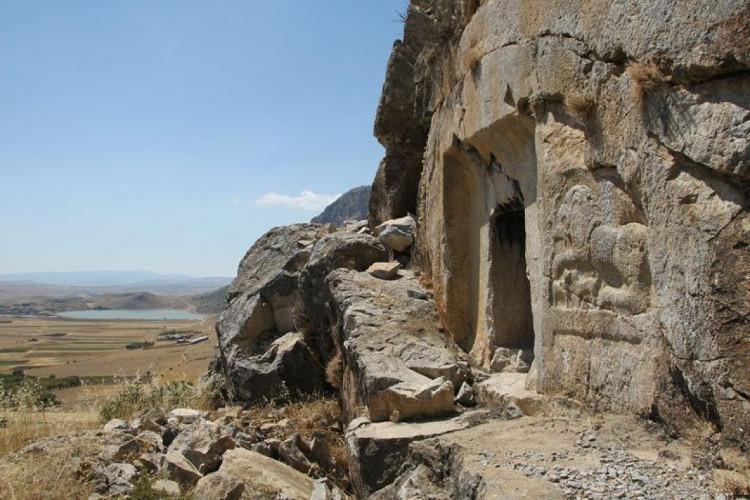 Lâu đài mùa hè 2.000 năm tuổi của hoàng đế La Mã