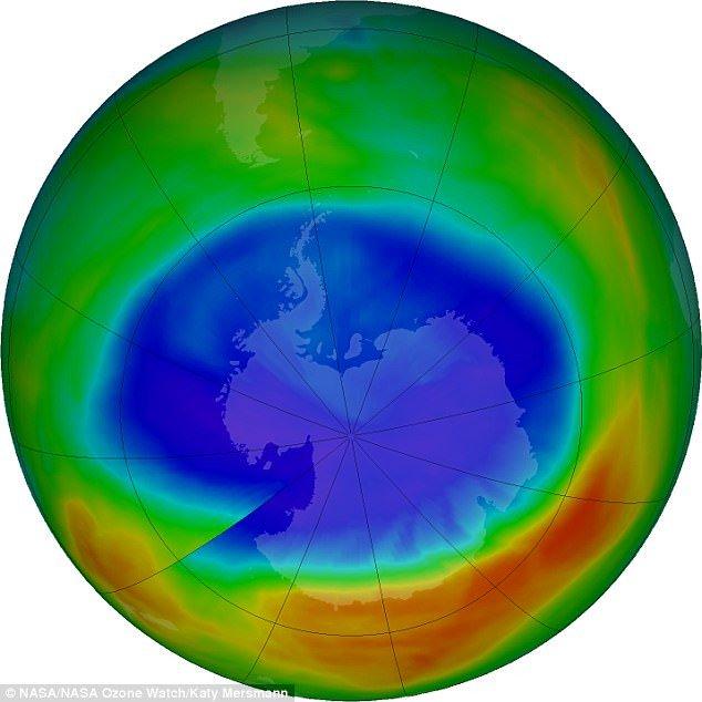 Lỗ hổng tầng Ozone đang thu hẹp nhưng sẽ cần 60 năm nữa để phục hồi hoàn toàn