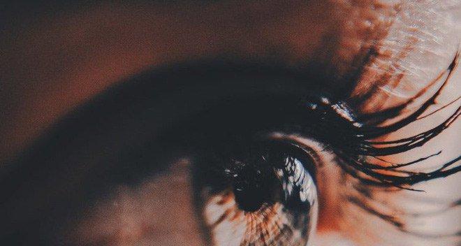 Loại thiết bị cấy võng mạc mỏng hơn 100 lần neuron thần kinh có tiềm năng xóa bỏ bệnh mù lòa