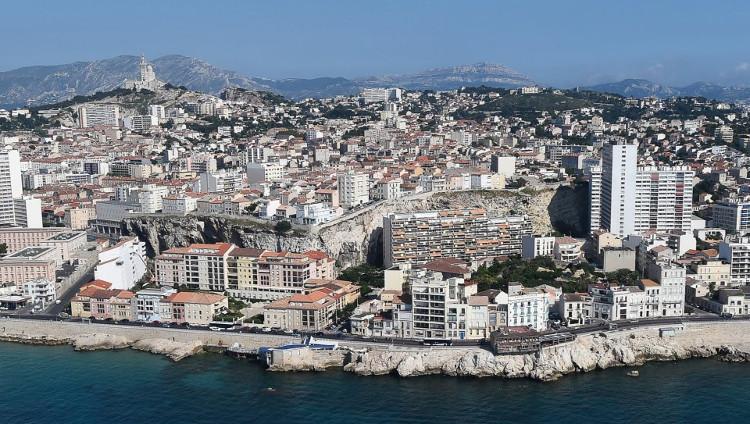 Loạt tiếng nổ bí ẩn khiến người dân Pháp hoang mang