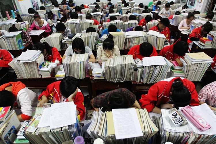 Luyện thi đại học bằng trí tuệ nhân tạo ở Trung Quốc