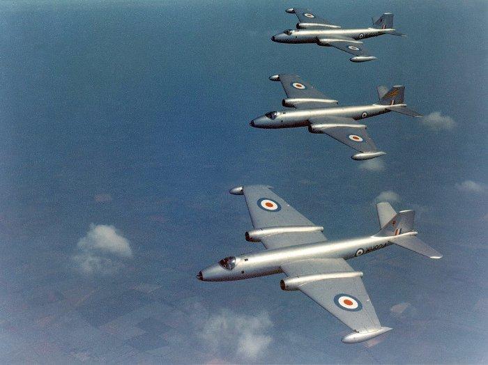 Lý do NASA vẫn sử dụng máy bay ném bom từ Thế Chiến II