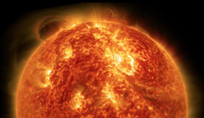 Mặt Trời đang nguội dần một cách nguy hiểm?
