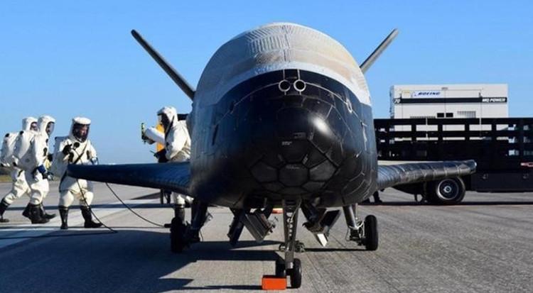 Máy bay bí ẩn gây đồn đoán Mỹ triển khai vũ khí không gian