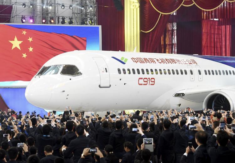 Máy bay made in China sắp cất cánh lần đầu