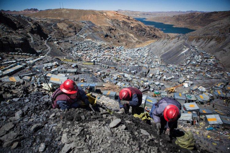 Mỏ vàng khổng lồ ở nơi cao nhất thế giới