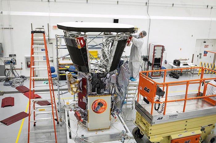 NASA sắp phóng tàu chạm vào Mặt trời