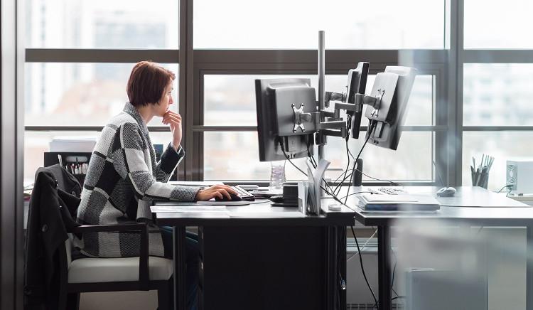 Ngồi cả ngày có thể khiến cơ thể bạn già đi nhanh hơn