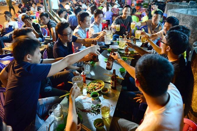 Người Mỹ ăn để... chết, nhiều người Việt hôm nay cũng đang ăn để... đi gặp tổ tiên sớm