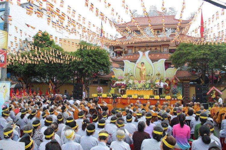 Nguồn gốc, ý nghĩa của lễ Phật Đản và những nghi thức nên làm trong ngày linh thiêng