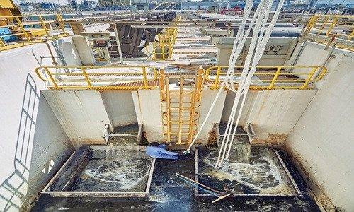 Nhà máy khử nước mặn khổng lồ của Dubai