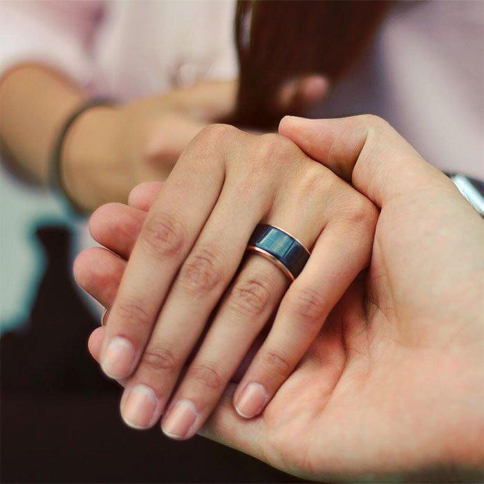 Nhẫn đồng bộ nhịp tim dành cho cặp đôi yêu nhau