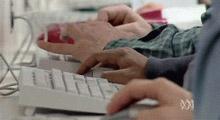 Nhật Bản chuẩn bị quản lý Internet