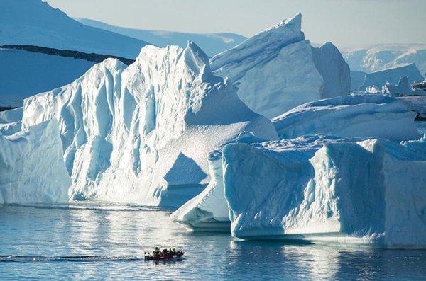 Nhiệt độ thấp nhất trên bề mặt Trái Đất là -98 độ C