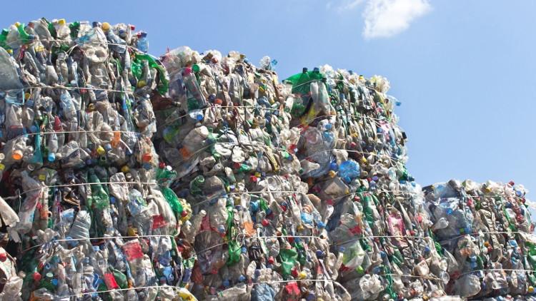 Nhựa có thể được tái chế rất nhiều lần