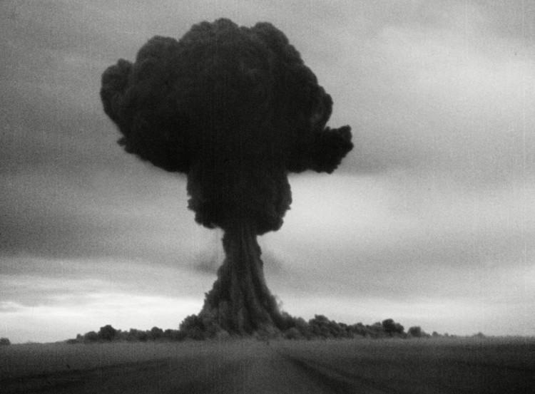 Những đám mây hình nấm ám ảnh nhân loại suốt 72 năm