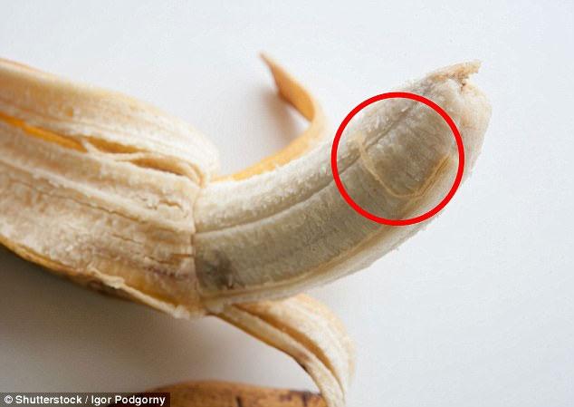Những sợi vàng trên quả chuối là gì mà khiến ta phát điên khi ăn vậy nhỉ?