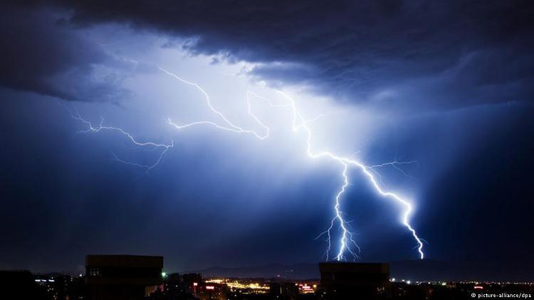 Những thảm họa kích hoạt hàng loạt cơn ác mộng đáng sợ trên Trái Đất
