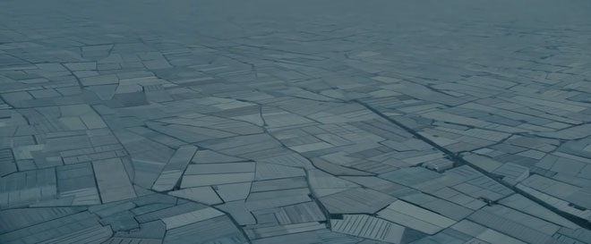 Ở Tây Ban Nha có một khu vực nhà kính trồng cây san sát, nhìn thấy được từ quỹ đạo
