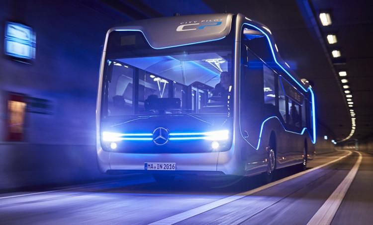 Pháp ra mắt xe buýt tự lái
