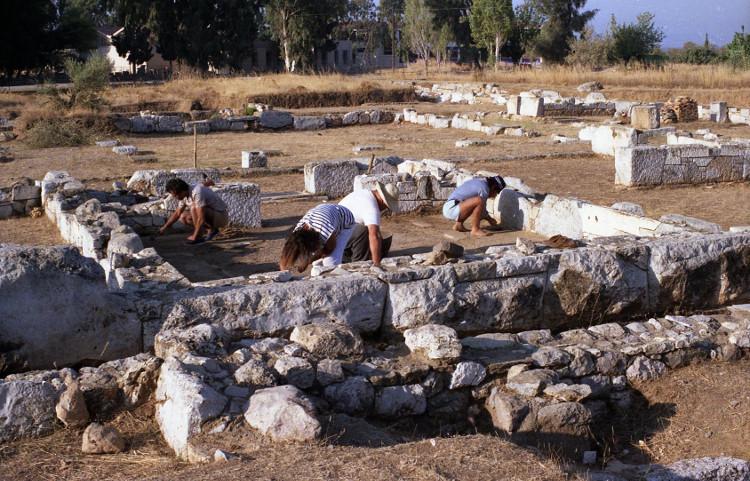 Phát hiện đền thờ nữ thần Artemis tại đảo lớn thứ hai ở Hy Lạp