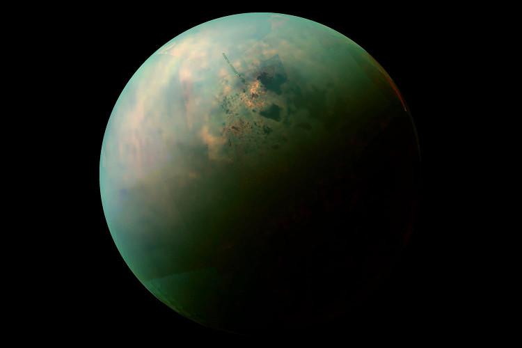 Phát hiện vật liệu tạo màng tế bào trên mặt trăng Titan