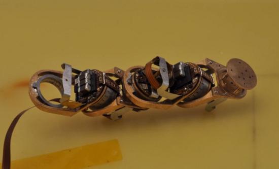 Robot dạng mắt xích có thể tự thay đổi hình dạng