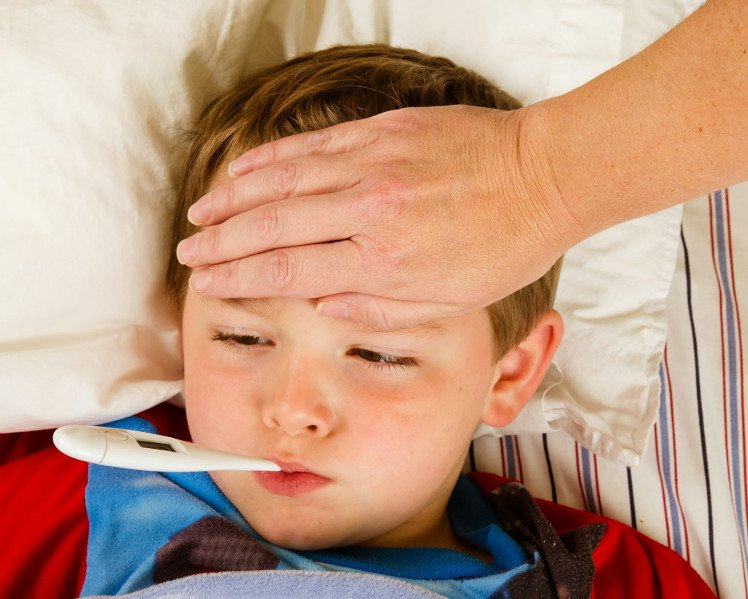 Sai lầm khiến trẻ bị sốt virus trở nặng