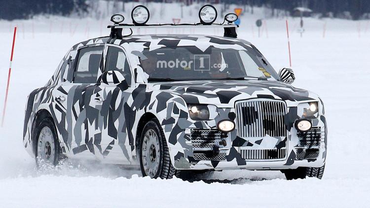 Siêu xe mới của tổng thống Nga lộ diện