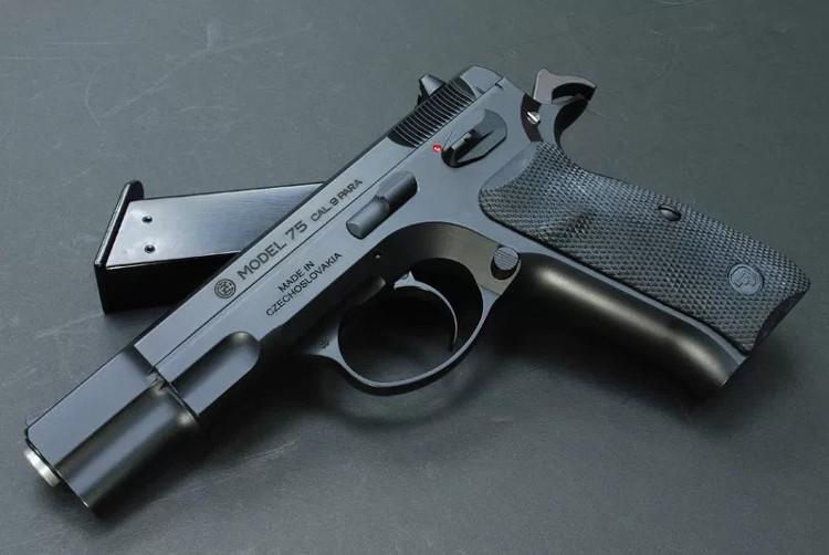 Soi top 10 khẩu súng ngắn tốt nhất thế giới (Phần 1)