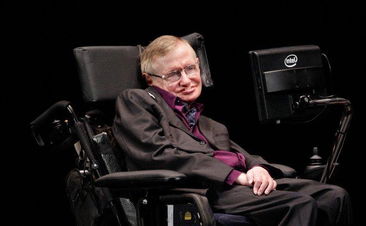 Stephen Hawking: Ngày nào đó công nghệ sẽ xóa sổ loài người