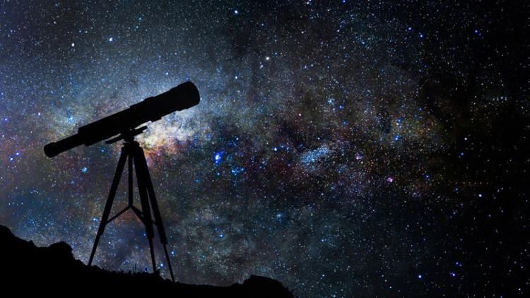 Sự khác biệt giữa thiên văn học và chiêm tinh học