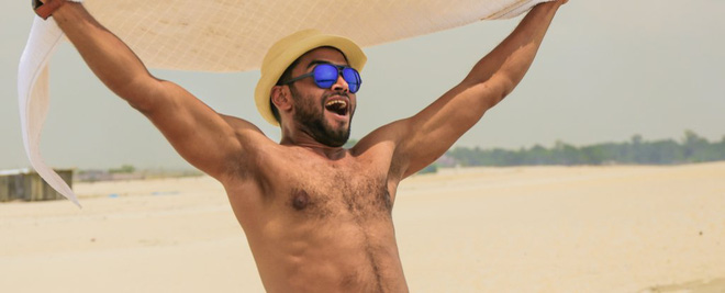 Tại sao ngực của nam giới cũng có... núm?