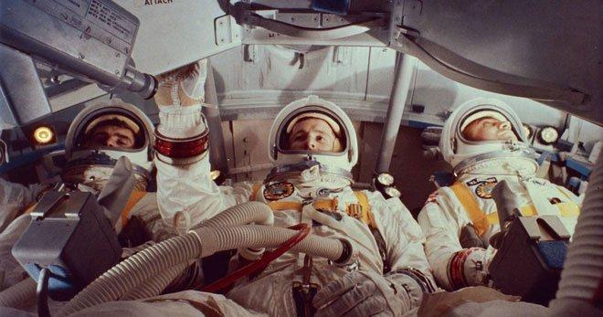 Tấn bi kịch ẩn sau thời khắc Mỹ đổ bộ Mặt Trăng: Thi thể phi hành gia không thể nhận diện!