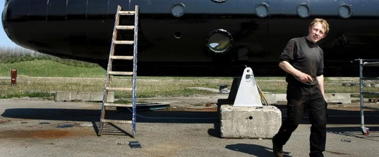 Tàu ngầm tự chế chìm ngoài biển,nhà thiết kế bị buộc tội ám sát hành khách trên tàu