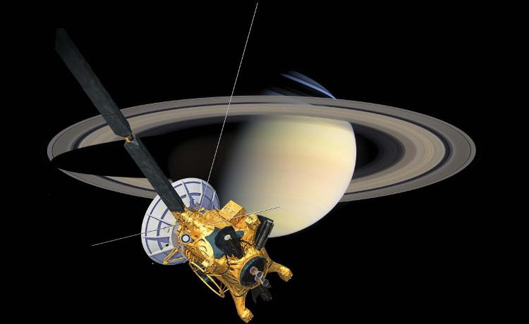 Tàu vũ trụ tỷ đô liên lạc lại với NASA từ cõi chết