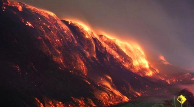 Thị trấn Mỹ cháy suốt 5 thập kỷ