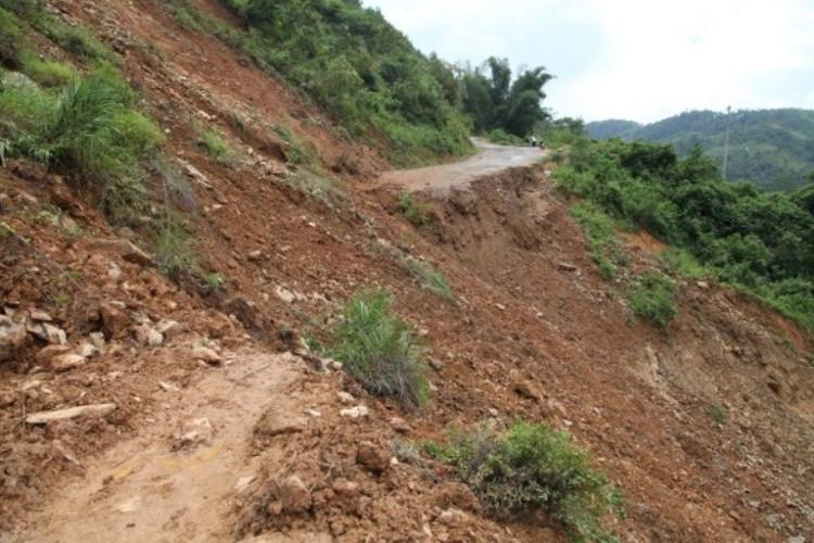 Thời tiết 26/7: Cả nước có mưa, cảnh báo lũ quét và sạt lở đất