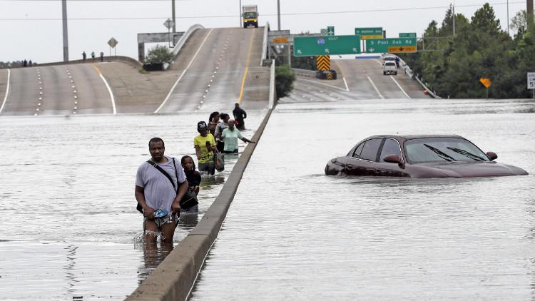 Thuật ngữ khí tượng làm Trump hiểu sai về siêu bão Harvey