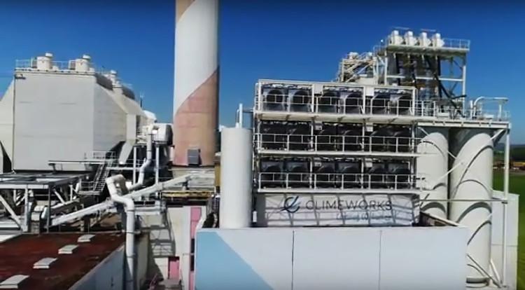 Thụy Sĩ vận hành nhà máy hút CO2 tạo năng lượng