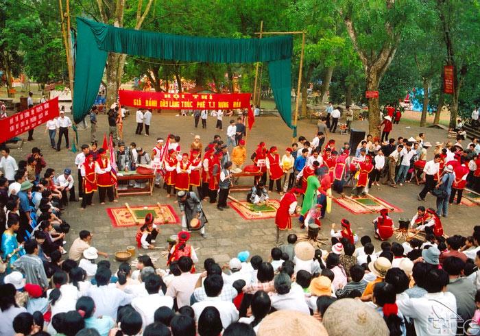 Tín ngưỡng thờ cúng Hùng Vương ở Phú Thọ