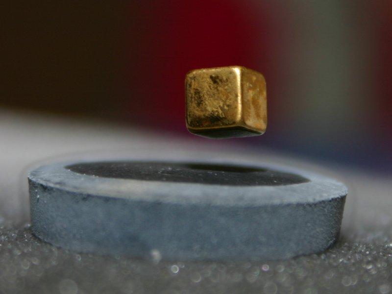 Tương lai sẽ có chất siêu dẫn hoạt động trong điều kiện nhiệt độ phòng