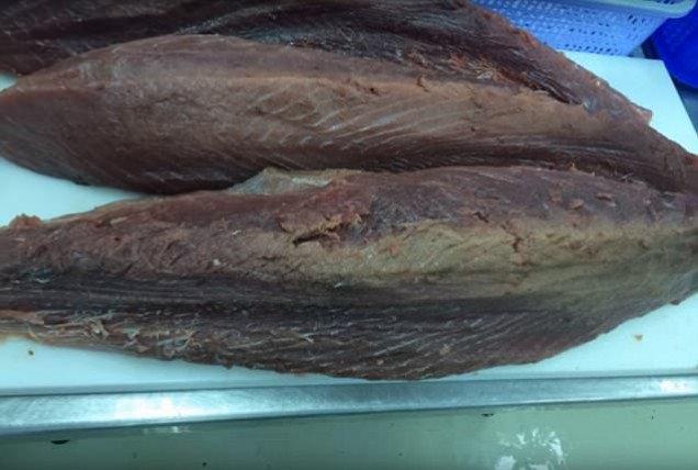 Úc cảnh giác cá ngừ được làm tươi lại bằng Carbon Monoxide