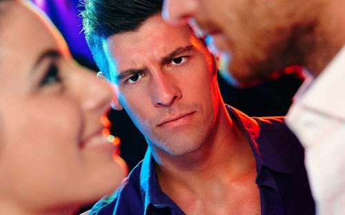 Vì sao đàn ông xấu dễ bị người yêu đá?