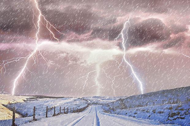 Video: Lý do tuyết xuất hiện trong cơn giông sấm sét