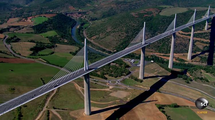 Video: Quá trình lắp ráp cây cầu cao nhất thế giới
